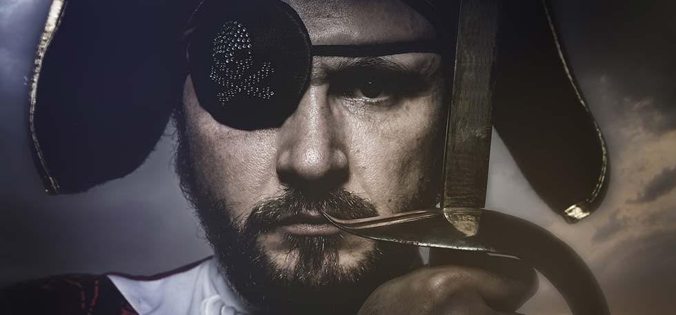 why-pirates-wear-an-eye-patch-980x457-1449143515_980x457